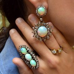 Sutra Jewels ~ Ring and earrings set with brown diamonds and opals