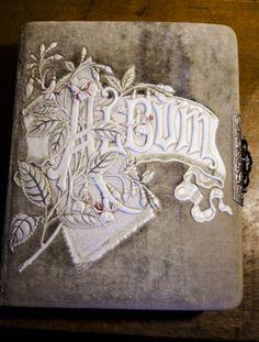 Antique-Photo-Album-Velvet-Celluloid-Lock-Ornate-Embossed-Clasp-Metal-Near-Mint