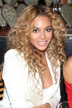 175 Best Curly Hairstyles Images Style Curly Hair Curly Haircuts