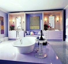 Purple And Lavender Bathroom Decor Lavender Decor, Lavender Bathroom, Lavender Ideas, Bad Set, Purple Bedrooms, Wardrobe Design Bedroom, Diy Bathroom Decor, Bathroom Ideas, Bathroom Goals