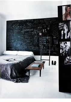 I don't necessarily want a chalkboard headboard, but I would love a chalkboard wall in the living room or dining room. A space for friends to leave comments and funny drawings. Chalkboard Headboard, Blackboard Wall, Chalk Wall, Chalkboard Paint, Chalk Board, Black Chalkboard, Chalk Paint, Magnetic Paint, My New Room