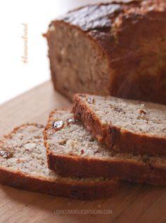Tipico dei paesi anglosassoni, il banana bread è un plumcake morbido e profumato. Un pane di banane perfetto per colazione o per merenda.