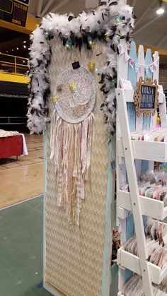 Craft show displays double sided corner unit. Headband stand diy pallet wood fence reclaimed doors dreamcatchers made by SugarDivasDesigns