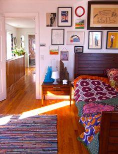 Casa de artistas faz da casa uma galeria, veja mais fotos em www.diycore.com.br