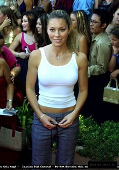Jessica Biel and Yummy Pants Beautiful Celebrities, Beautiful Actresses, Gorgeous Women, Jessica Biel Bikini, Jessica Alba, Jesica Biel, Actress Jessica, Actrices Hollywood, Roselyn Sanchez