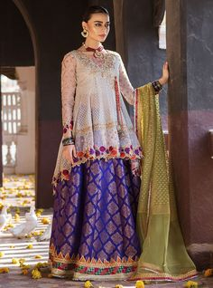 Welcome to Zainab Chottani online store. Shop large range of new arrivals unstitched, ready to wear women dresses and fashion accessories & much more. Pakistani Bridal Dresses Online, Pakistani Mehndi Dress, Pakistani Fashion Party Wear, Pakistani Formal Dresses, Pakistani Wedding Outfits, Pakistani Dress Design, Pakistani Designers, Outfit Designer, Indian Designer Outfits