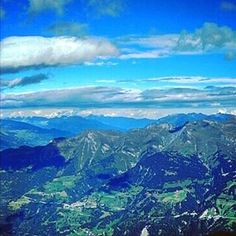 【inotaka414】さんのInstagramをピンしています。 《#Weisshorngipfel#ヴァイスホルン#Weisshorn#ゴンドラリフト#スイス#アローザ  #Arosa#森#forest #swiss #switzerland #風景#山#自然#view #mountain #nature#レストラン#restaurant #gondola》