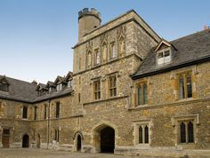 The 14th century Middle Gate tower of Winchester College in Hampshire Founded in 1387 by Bishop William of Wykham, Winchester College can boast the longest unbroken existence of a school in England.