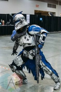 - - - Star Wars Mandalorian - Ideas of Star Wars Mandalorian - - - Star Wars Clones, Images Star Wars, Star Wars Pictures, Star Wars Jedi, Tableau Star Wars, Armadura Cosplay, Stormtrooper, Darth Vader, Star Wars Models