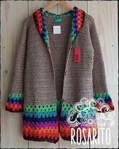 Fabulous Crochet a Little Black Crochet Dress Ideas. Georgeous Crochet a Little Black Crochet Dress Ideas. Pull Crochet, Gilet Crochet, Crochet Diy, Crochet Coat, Crochet Cardigan Pattern, Crochet Jacket, Crochet Blouse, Love Crochet, Crochet Granny