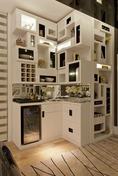 Multi-functional Bar for house Mini Bars, Home Wet Bar, Bars For Home, Condo Living, Home And Living, Small Rooms, Small Spaces, Bar Sala, Home Bar Designs