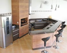 Home Decorating: Kitchen on a Budget Kitchen Design, Kitchen Decor, Barbecue Grill, Kitchen On A Budget, Small Living, House Plans, Sweet Home, New Homes, Kitchen Cabinets