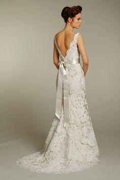 Alvina Valenta '9161' size 6 used wedding dress - Nearly Newlywed