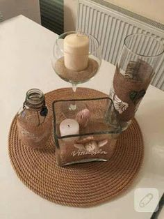 Make it easy for you to make your own ideas with wicker ropes! Accessory and accessory rope tray model for home decoration! Rope Crafts, Diy And Crafts, Cadre Design, Painted Baskets, Flower Embroidery Designs, My Home Design, Wine Bottle Crafts, Deco Table, Candle Lanterns