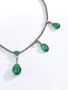 From the Collection of Marie-Caroline of Bourbon-Two Sicilies Duchess of Berry Colombian emerald and diamond necklace and a pair of earrings, first half of the century. Dimond Necklace, Necklace Set, Beaded Necklace, Two Sicilies, Colombian Emeralds, Cushion Cut Diamonds, Jewel Box, Pendant Set, 19th Century