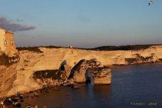 Coucher de soleil sur Bonifacio  Crédit-photos: Marie-Jo Culioli Vichera