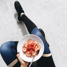 Post-workout fuel! Here's how to make it: Cocoa & coconut whole grain Muesli with dates, almonds, pumpkin seeds and coconut soaked in 1/2 cup almond milk, 1/2 tbsp chia seeds topped with delicious red berries and raw honey! #PlaylistYoga #Playmaste / Photo credit: Rrayyme