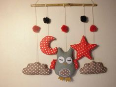 Etsy - Shop for handmade, vintage, custom, and unique gifts for everyone Owl Crafts, Baby Crafts, Diy And Crafts, Mobiles, Felt Wall Hanging, Baby Wall Decor, Mobile Art, Baby Crib Mobile, Creation Deco