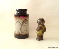 Scheurich vase 203-18 with snowdrop motif   by Cherryforest