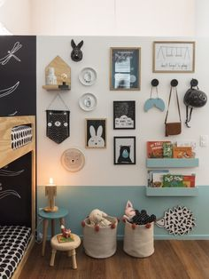 Pin of NaTocacombr By AR Design (Allison Cerqueira and Renata Fragelli) with Fina Stampa and Mini Móbile Ateliê (photo Nicolas Bouriette) The post Twin room appeared first on Woman Casual - Kids and parenting Home Decor Bedroom, Bedroom Wall, Girls Bedroom, Bedroom Lamps, Decor Room, Playroom Decor, Playroom Ideas, Boys Bedroom Paint, Kids Room Paint