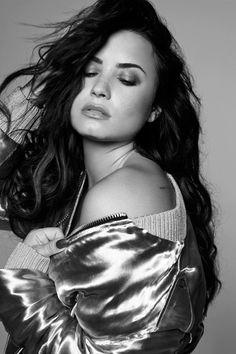 Demi Lovato Tell Me You Love Me photoshoot