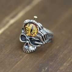 Men's Sterling Silver Eye Skull Ring - Jewelry1000.com