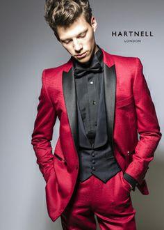 Hartnell. Zwart en rood voor het lichte wintertype.