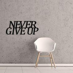 http://domotto.redcart.pl/p/151/628/napis-dekoracyjny-na-sciane-never-give-up--napisy-dekoracyjne-dekoracje-i-dodatki.html