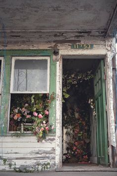 A Flower Farm Blooms From An Abandoned House In Detroit A whimsical idea for a floral installation turned into so much more. Abandoned Buildings, Abandoned Detroit, Abandoned Mansions, Old Buildings, Abandoned Places, Abandoned Castles, Haunted Places, Beautiful Ruins, Beautiful Places