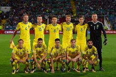 Sweden's football team players pose for a family photo prior to their FIFA 2018 World Cup football qualifier match against Bulgaria in Sofia on August 31, 2017. (Upper row - From L) Andreas Granqvist, Jakob Johansson, Albin Ekdal, Ola Toivonen, Victor Lindelof and Robin Olsen, (Lower row - From L) Ludwig Augustinsson, Marcus Berg, Mikael Lustig, Emil Forsberg and Jimmy Durmazc.  / AFP PHOTO / DIMITAR DILKOFF