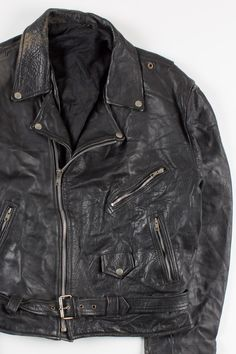 Say hello to our newest vintage items! We've got leather motorcycle jackets and racing jackets online and coming to stores!