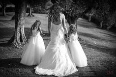 Our bride Mairiann... with her two amazing daughters!! Photo by www.fotobibi.it
