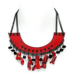 Collar babero coral de piel, cadenas y piedra natural coral rojo