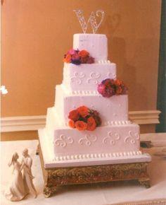 Wedding Cake – Buttercream and Fresh Flowers