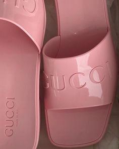 Dr Shoes, Gucci Shoes, Cute Shoes, Me Too Shoes, Shoes Heels, Zapatillas Nike Jordan, Aesthetic Shoes, Aesthetic Pastel, Beige Aesthetic