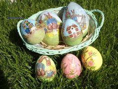 Cestino con uova di polistirolo decorate con tecnica decoupage e tovagliolo di carta