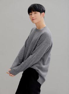 New Actors, Cute Actors, Actors & Actresses, Korean Celebrities, Korean Actors, Asian Male Model, Jung In, Male Models Poses, Kdrama Actors