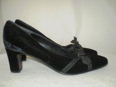 Talbots Black Velvet Heel Pump Grograin Bow Detail 7 AA narrow #Talbots #PumpsClassics