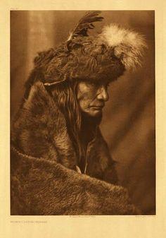 Tearing Lodge - Pikuni - 1910