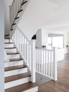 Stairs painted diy (Stairs ideas) Tags: How to Paint Stairs, Stairs painted art, painted stairs ideas, painted stairs ideas staircase makeover Stairs+painted+diy+staircase+makeover Timber Staircase, Painted Staircases, Staircase Railings, Painted Stairs, Modern Staircase, Staircase Design, Staircase Ideas, Banisters, Craftsman Staircase