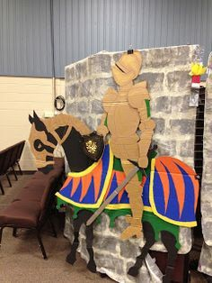 Medieval and fantasy theme Kingdom Rock VBS Decorations Medieval Banquet, Medieval Fair, Medieval Party, Medieval Knight, Medieval Times, Chateau Fort Moyen Age, Castle Theme Classroom, School Decorations, Medieval Decorations