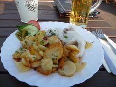 Marinierter Matjes-Hering mit Bratkartoffeln