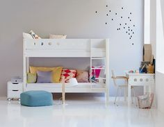 Bunk bed White picture