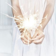 Happy New Year / Sparkles Girl Birthday, Happy Birthday, Nouvel An, White Aesthetic, Jolie Photo, Shades Of White, Sparklers, New Years Eve, White Christmas