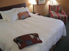 Pittsburgh (PA) Hampton Inn Pittsburgh University Center United States, North America Hampton Inn Pittsburgh University Center is a popular choice amongst travelers in Pittsburgh (PA), whether exploring or just passing through. The hotel has everything you need for a comfortable stay. Take advantage of the hotel's 24-hour front desk, facilities for disabled guests, express check-in/check-out, luggage storage, Wi-Fi in public areas. Some of the well-appointed guestrooms feature...
