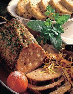 Pečienka Esterházi | Recepty.sk Bouquet Garni, Pot Roast, Ethnic Recipes, Food, Carne Asada, Roast Beef, Essen, Meals, Yemek