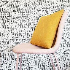 Student Room, Room Interior, Floor Chair, Flooring, Black And White, Wallpaper, Instagram Posts, Lisa, Furniture