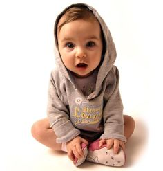 My baby needs to look like this, a more hispanic version im sure but this baby IS SO cute!!!!!!!!!!!!!