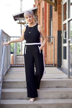 Banana republic jumpsuit chic summer style, 50 and fabulous, sport chic, sport outfits Womens Clothing Stores, Clothes For Women, Over 60 Fashion, Chic Summer Style, Sport Chic, White Fashion, Summer Wardrobe, Sport Outfits, Jumpsuit