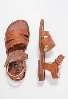 8e2b212c160 215 imágenes increíbles de Zapatos Andrea